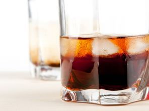 Black russian Cocktails met alcohol